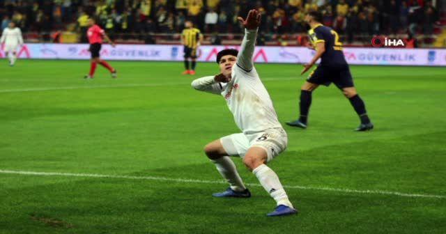 ÖZET İZLE: Ankaragücü 1-4 Beşiktaş full Özeti ve Golleri İzle | Ankaragücü, BJK maç özet VİDEO