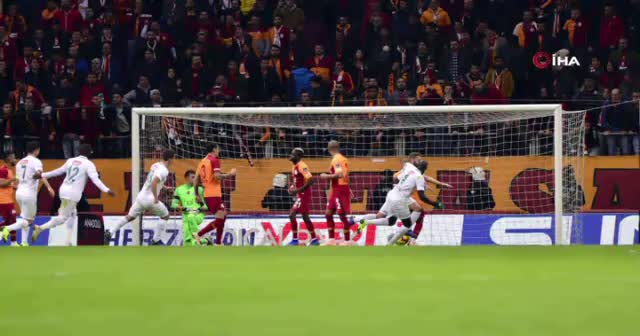 ÖZET İZLE Galatasaray 1-1 Konyaspor maçı özeti golleri izle! GS Konyaspor maç özeti VİDEO