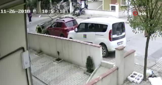Sancaktepe'de helikopterin düşme anı kameralara yansıdı