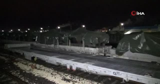 Gaziantep'e askeri araç sevkiyatı sürüyor