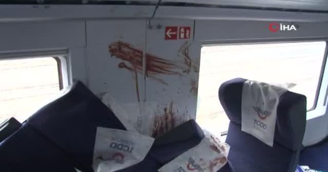 Kaza yapan trenin vagonlarının içi görüntülendi