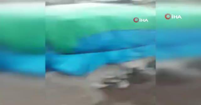 Siverek'te taşan dere suları köprüyü yıktı, öğrenciler ölümden döndü
