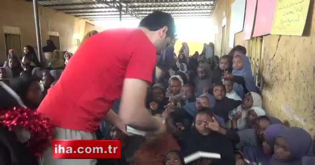 İHH'dan 4 dilde 51 bin Kur'an-ı Kerim dağıtımı