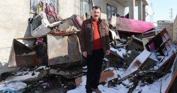 Evi yanan Aslan ailesi, yetkililerden yardım bekliyor
