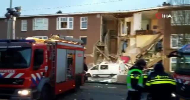 Hollanda Lahey'de patlama! Binaların cepheleri yıkıldı