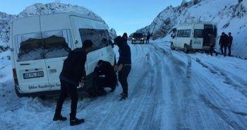 Sincik'te yollar buz pistine döndü