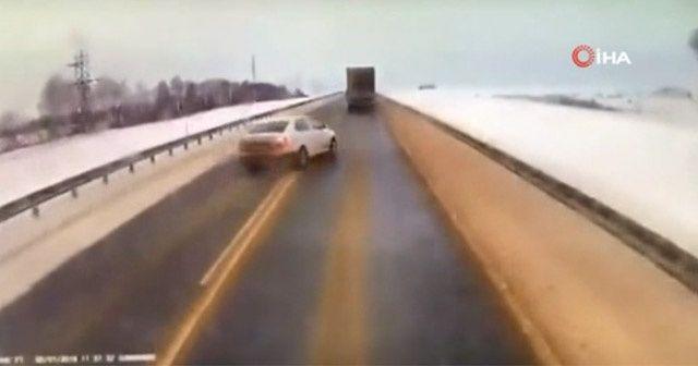 Otoyolda feci kaza: 3 ölü, 3 yaralı