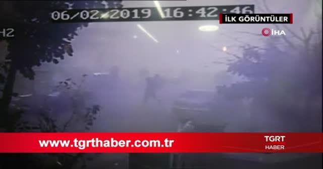 Binanın çökme anı kamerada