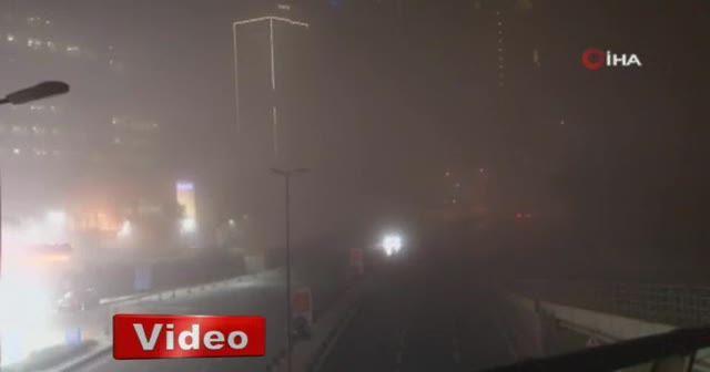 İstanbul Boğazı'nda köprüler adeta kayboldu