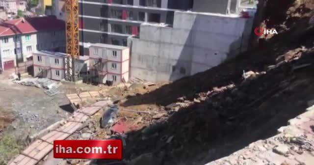 Kağıthane'de ev çöktü