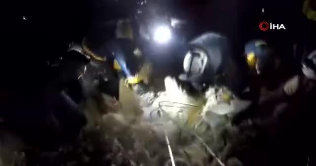 Suriye uçakları bir evi yerle bir etti: 1 kişi öldü