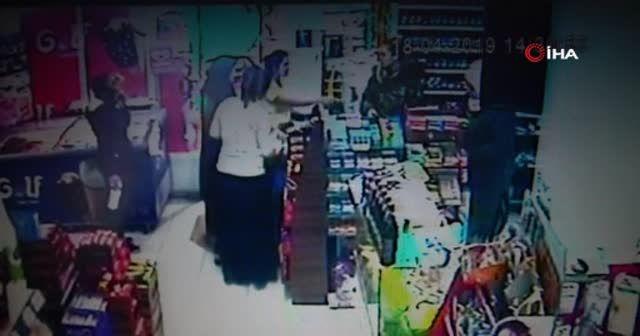Tırnakçı kadınlar baltayı taşa vurdu