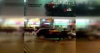 Bağdat Caddesi'nde kutlama yapan Galatasaray taraftarına şişeli, kemerli saldırı