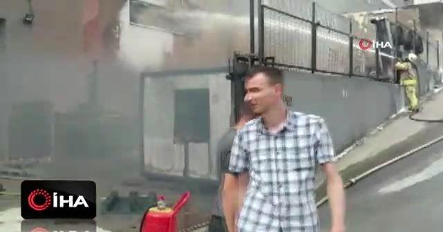 Hadımköy'de plastik imalatı yapan bir fabrikada yangın