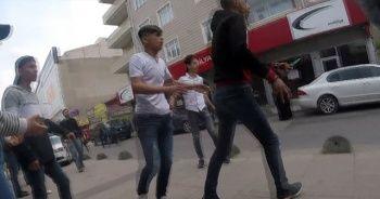 İstanbul'da dehşet! 30 genç bıçaklarla birbirine saldırdı