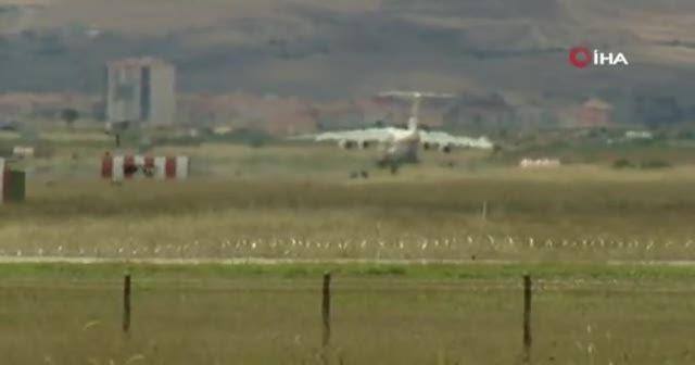 S-400'lerin birinci grubunu Ankara'ya getirildi