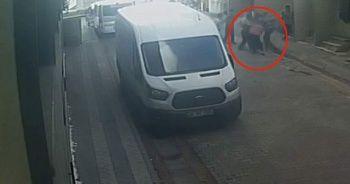 Sokak ortasında tartıştığı komşularını bıçakladı