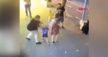 Ailesi ile yürüyen çocuklara bıçakla saldırdı… Dehşet anları kamerada