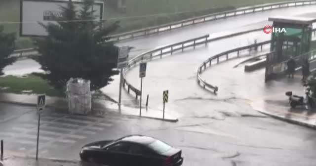 Anadolu Yakası'nda beklenen yağış başladı