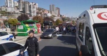 Başkent'te halk otobüsü kazası güvenlik kamerasına yansıdı