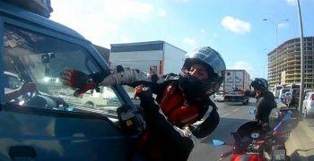 Motosikletli magandanın yaşattığı dehşet kameraya yansıdı