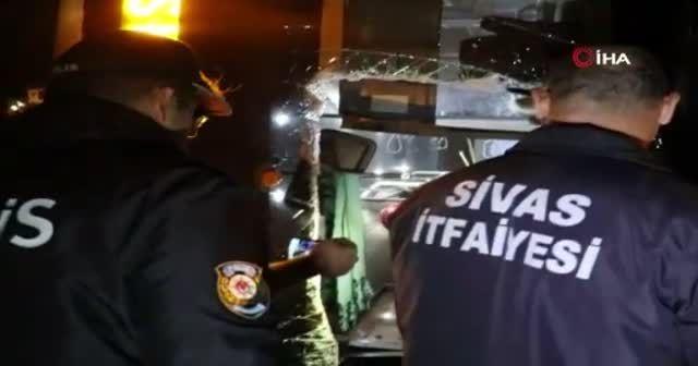 1 kişinin öldüğü 1 kişinin yaralandığı korkunç kaza kamerada