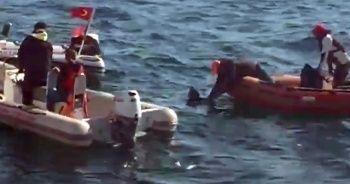 Denize atladığı iddia edilen kadın botlarla kurtarıldı