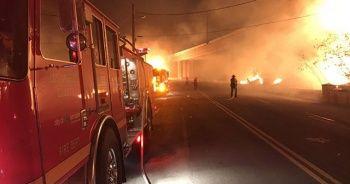 Kaliforniya'da yangın: 100 binden fazla kişi tahliye edildi