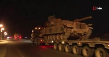 Sınıra çok sayıda tank ve komando sevk edildi