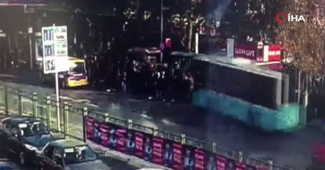Beşiktaş'ta otobüsün durağa daldığı dehşet anları kamerada