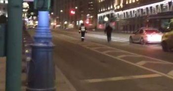 Moskova'da silahlı saldırı anı kamerada