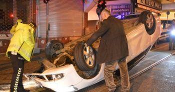 Dur ihtarına uymayarak kaçan otomobil takla atarak durabildi