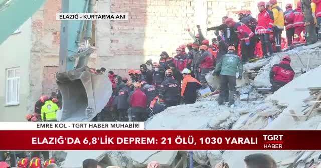 Elazığ'da bir kişi daha enkazdan sağ çıkarıldı