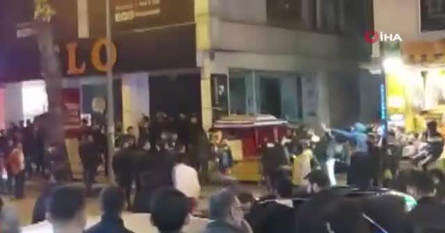 Fenerbahçe ve Galatasaray taraftarı birbirine girdi