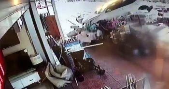 Gaz ile freni karıştıran sürücü, beyaz eşya dükkanına daldı