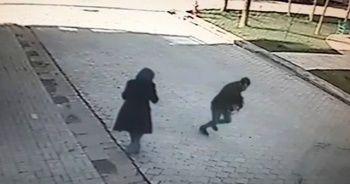 Sokak ortasında bıçaklı gasp