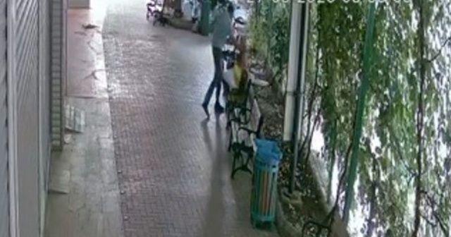 Banka müdürü kadın sokak ortasında dayak yedi
