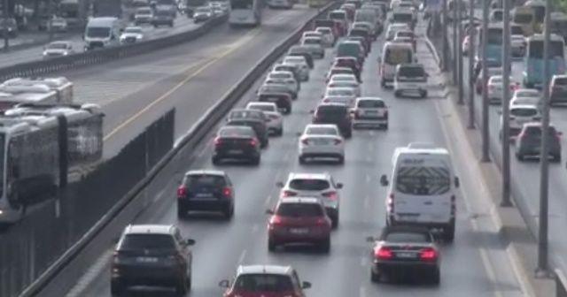 Kısıtlama sonrası E-5'te yoğun araç trafiği