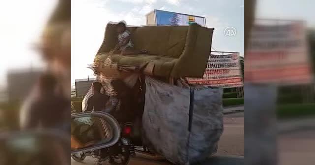 4 kişilik ailenin tehlikeli motosiklet yolculuğu