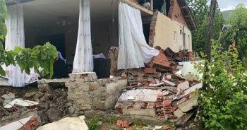 Bingöl'de evi çöken kadın o anı anlattı