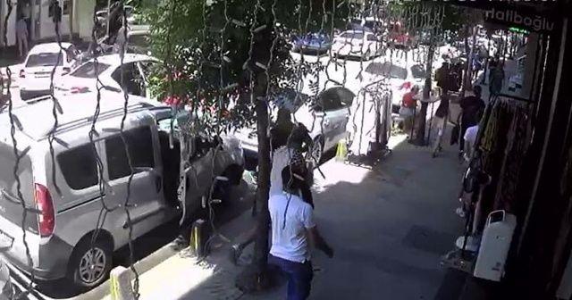 Sokak ortasında milyonluk kapkaça esnaf müdahalesi