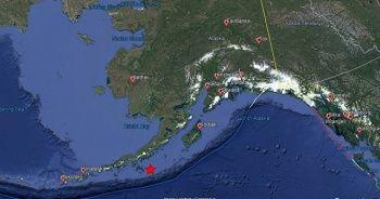 Alaska'nın Kodiak şehrinde deprem sonrası siren sesleri duyuldu