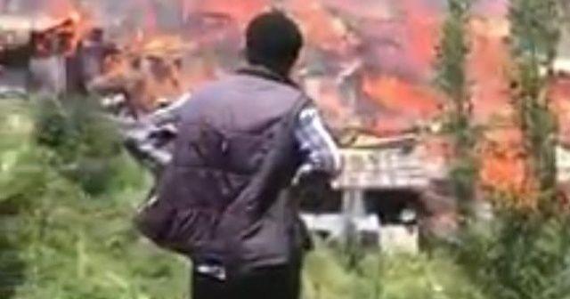 Yusufeli'de yangın evleri küle çevirdi