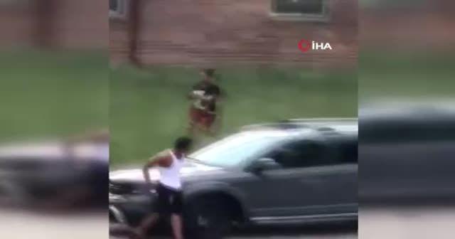 ABD'de polis tartıştığı siyahi vatandaşa sırtından 7 el ateş etti