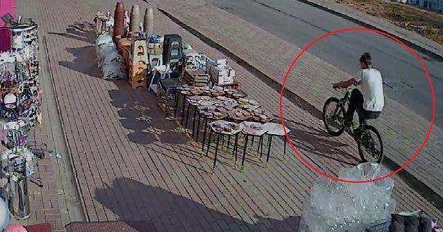 Kendi bisikletini bırakıp başka bisikleti çaldı