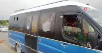 Başkent'te fazla yolcu alan minibüse ceza