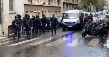 Charlie Hebdo'nun eski binasının bulunduğu bölgede bıçaklı saldırı