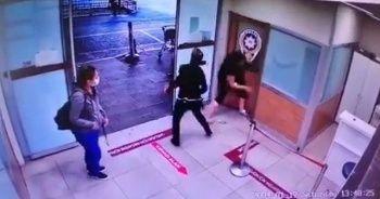 Polis copuyla camları kırdı, polise saldırdı