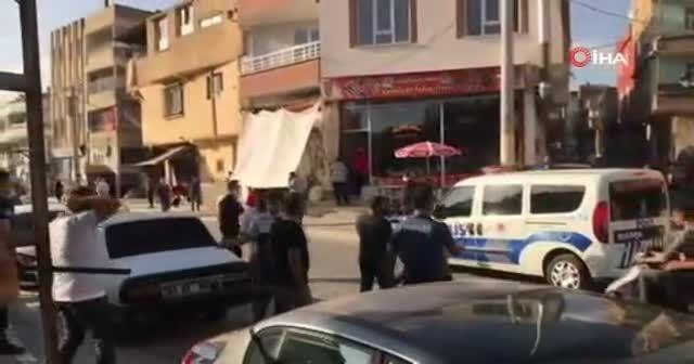 Şanlıurfa'da karakol önünde taşlı sopalı kavga