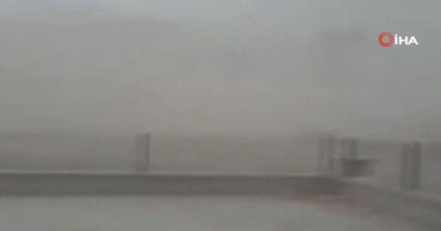 Nevşehir'de toz bulutu oluştu, göz gözü görmedi
